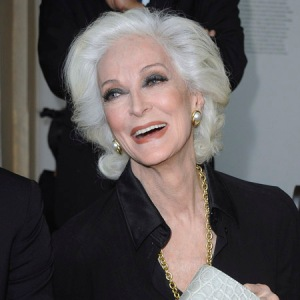 You gotta hand it to her. Carmen Dell'Orefice is 82 and obviously doing something right in the anti-aging battle.herworldplus.com